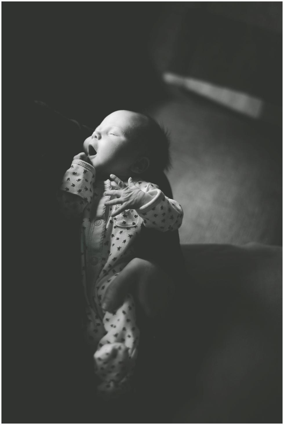 Toronto newborn photographer, Toronto lifestyle photographer
