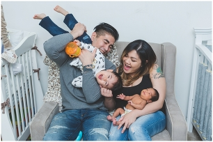 Toronto newborn photography, Toronto family photographer