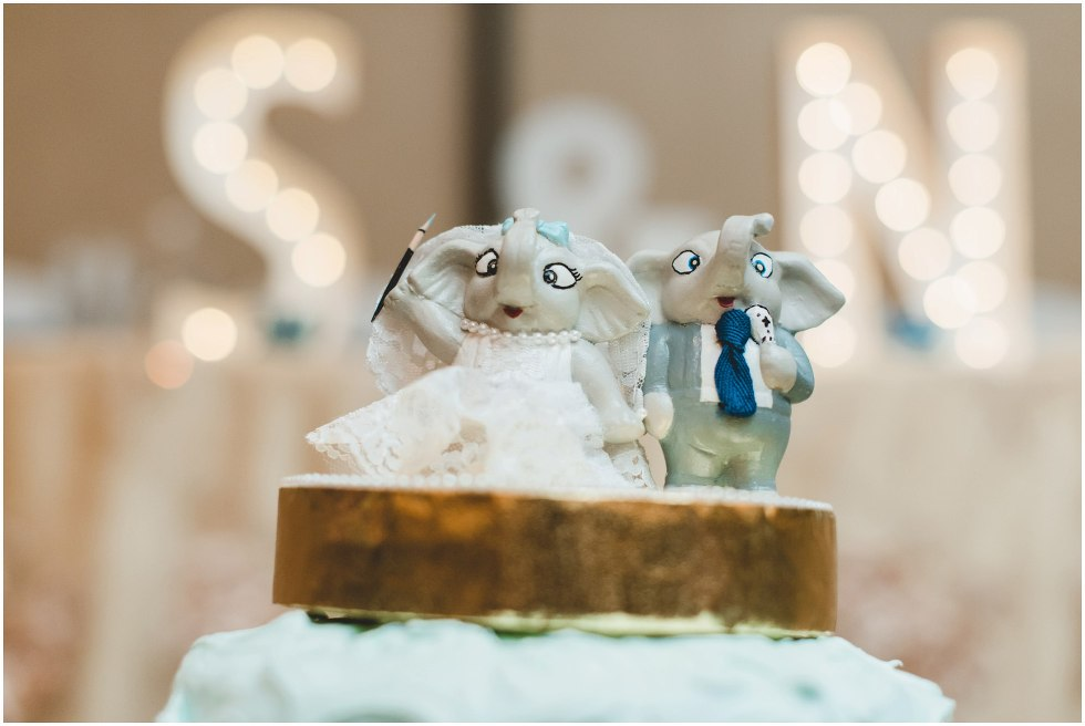 Wedding cake with elephant toppers