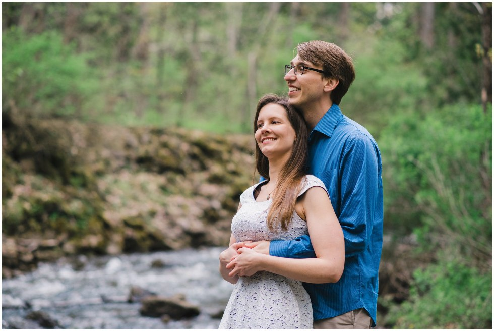 Couple hugging for their Hilton Falls engagement photos