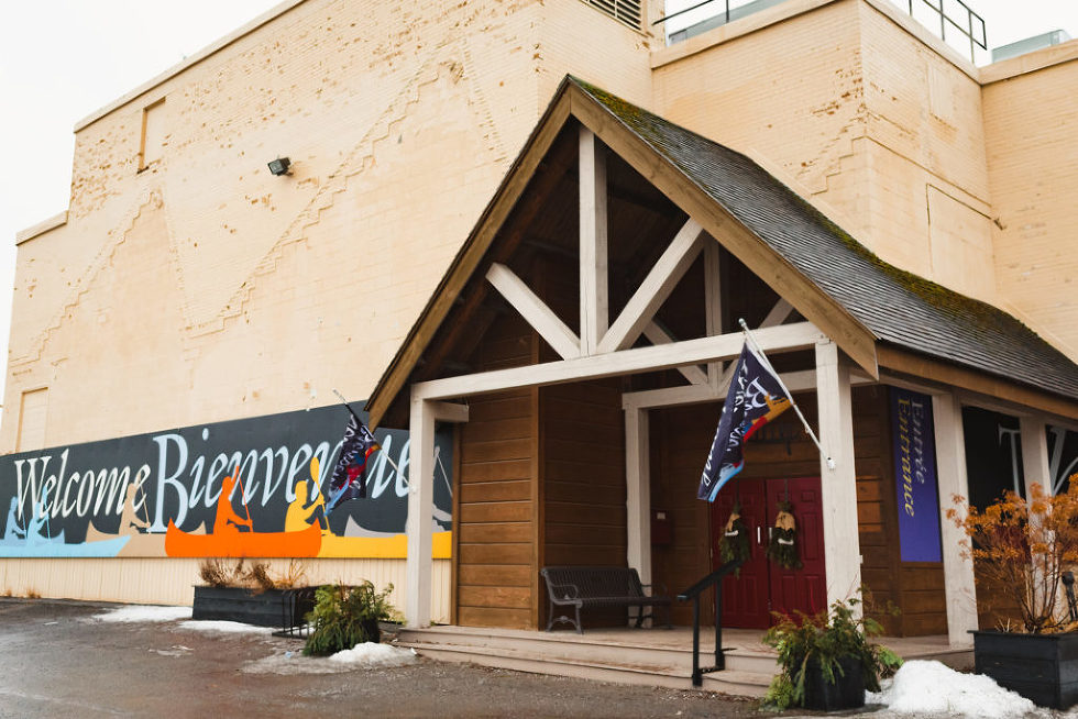 Canadian canoe museum DIY wedding Toronto